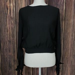 Tops - Black Crop Top With Keyhole Back